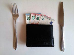 money 300x225 - money